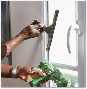 nettoyage-de-vitres-a-domicile-equipement